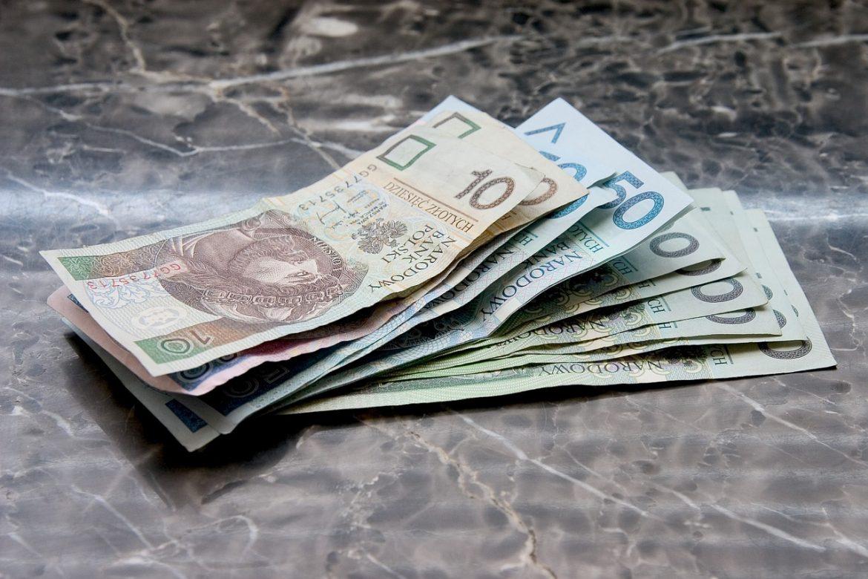 Kredyt konsolidacyjny – jak skorzystać?
